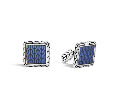 Cropped product listing classic chain square cufflinks