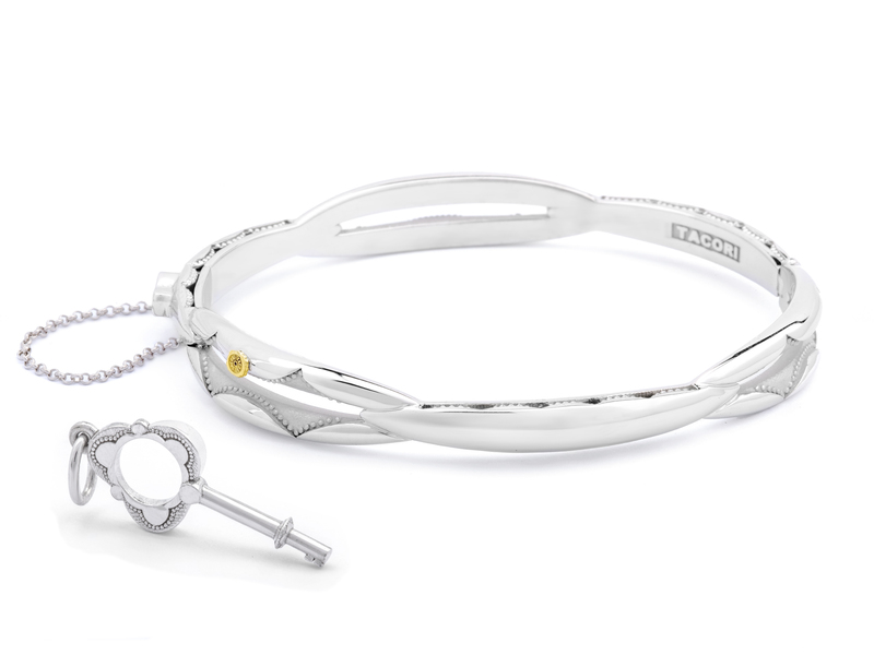 Cropped product page promise bracelet