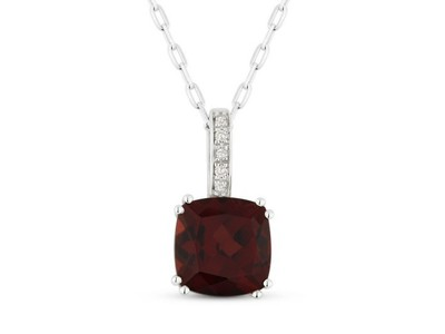 Cropped product listing garnet necklace
