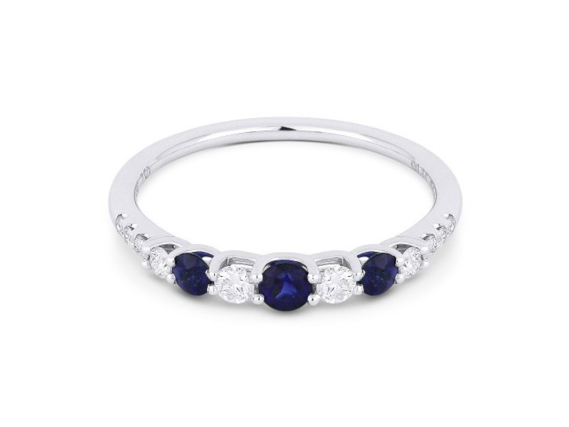 Cropped product page blue sapphire diamond ring
