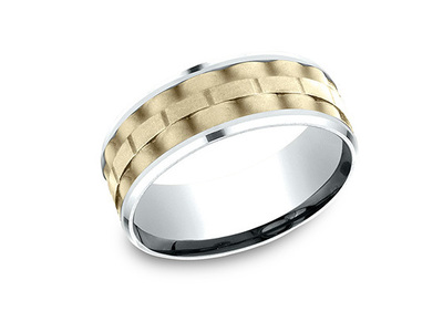 Cropped product listing gold link wedding band