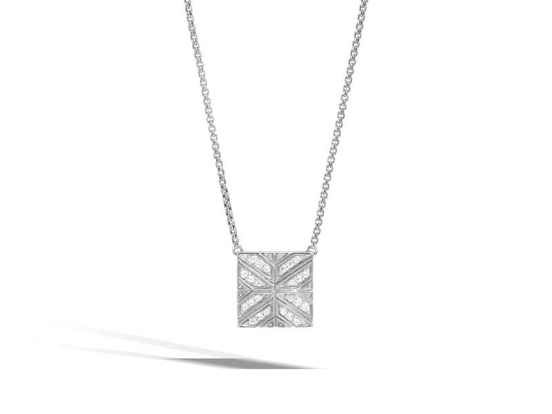Cropped product page modern chain necklace with diamonds