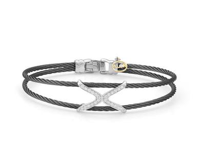 Cropped product listing noir diamond bangle
