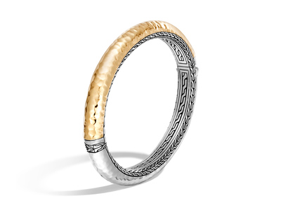 Cropped product listing classic chain hinged hammered bangle
