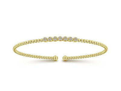 Cropped product listing diamond bangle