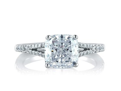 Cropped product listing crossover cushion engagement ring