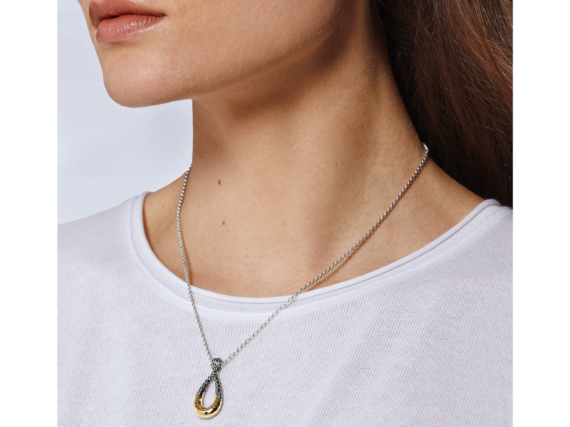 Cropped product page classic chain hammered necklace