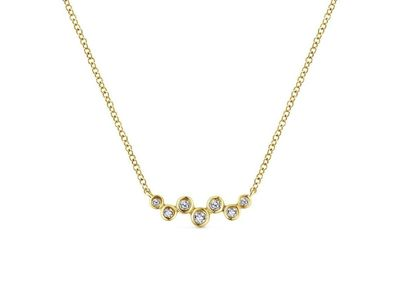 Cropped product listing zig zag diamond bar necklace