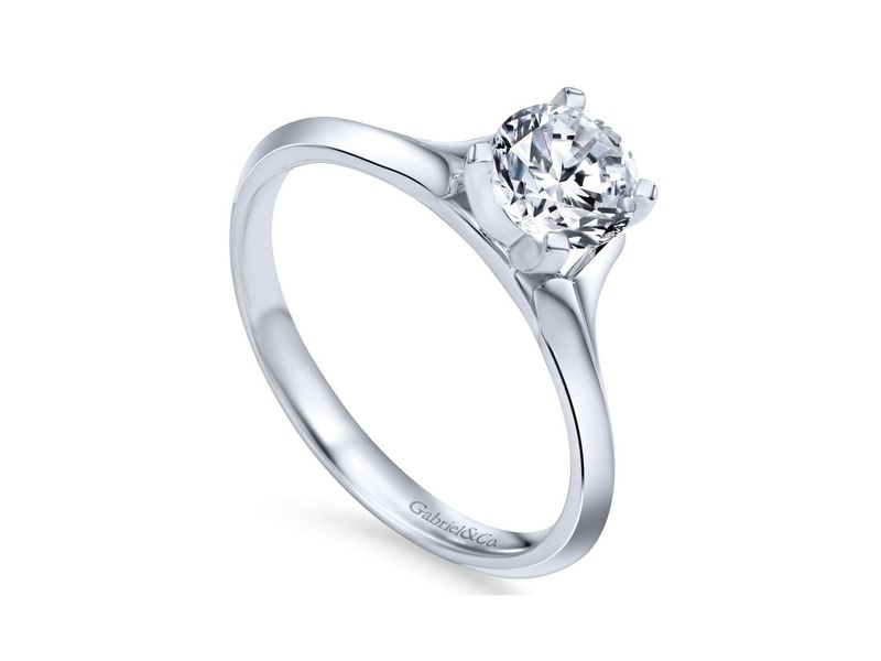 Cropped product page ellis solitaire engagement ring