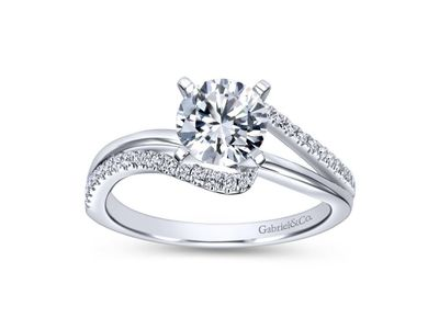 Cropped product listing naomi bypass engagement ring