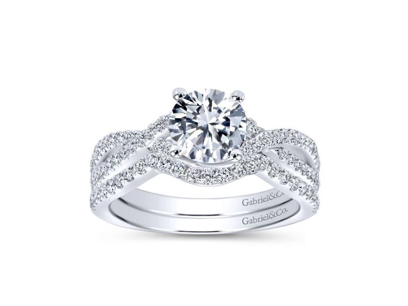 Cropped product page gina twisting engagement ring