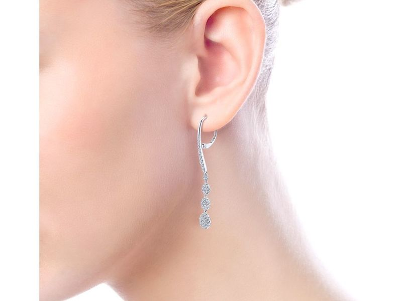 Cropped product page diamond drop earrings