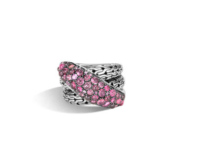 Cropped product listing classic chain overlap ring with mixed pink