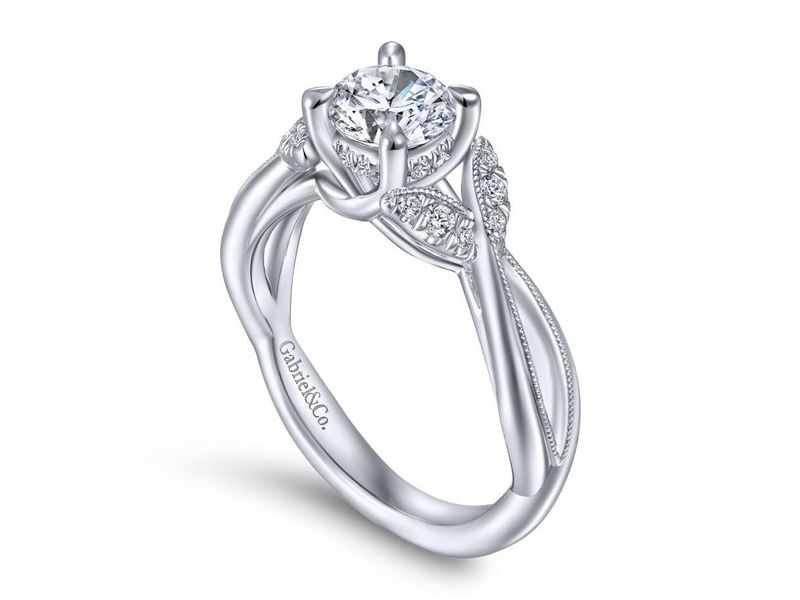 Cropped product page marguerite twisted engagement ring