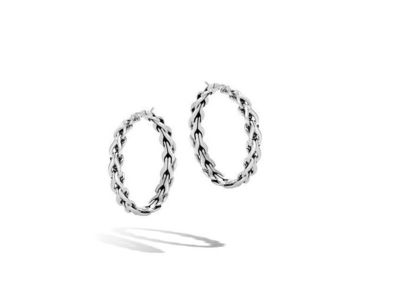 Cropped product listing asli classic chain link medium hoop earrings