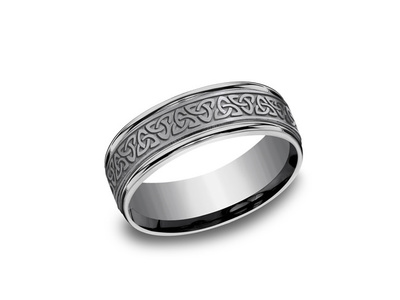Cropped product listing tantalum celtic knot wedding band