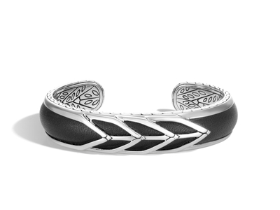 Cropped product listing modern chain cuff with black leather