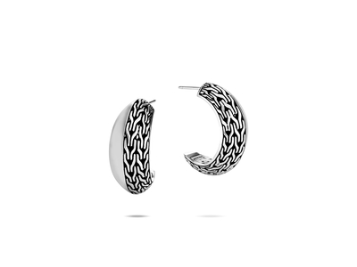 Cropped product listing classic chain hoop earrings