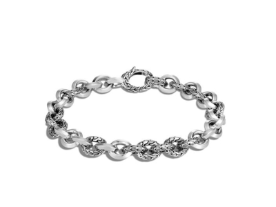 Cropped product listing classic chain knife edge link bracelet
