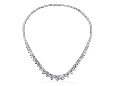 Cropped product listing temptation three prong necklace