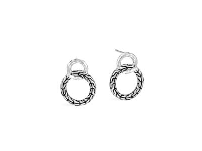 Cropped product listing classic chain interlinking stud earring