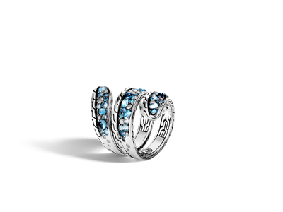 Cropped product listing classic chain ring with mixed blue topaz and siliconite