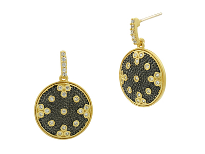 Cropped product listing signature clover disc drop earrings