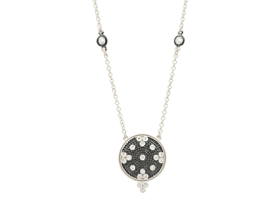 Cropped product listing signature clover disc necklace