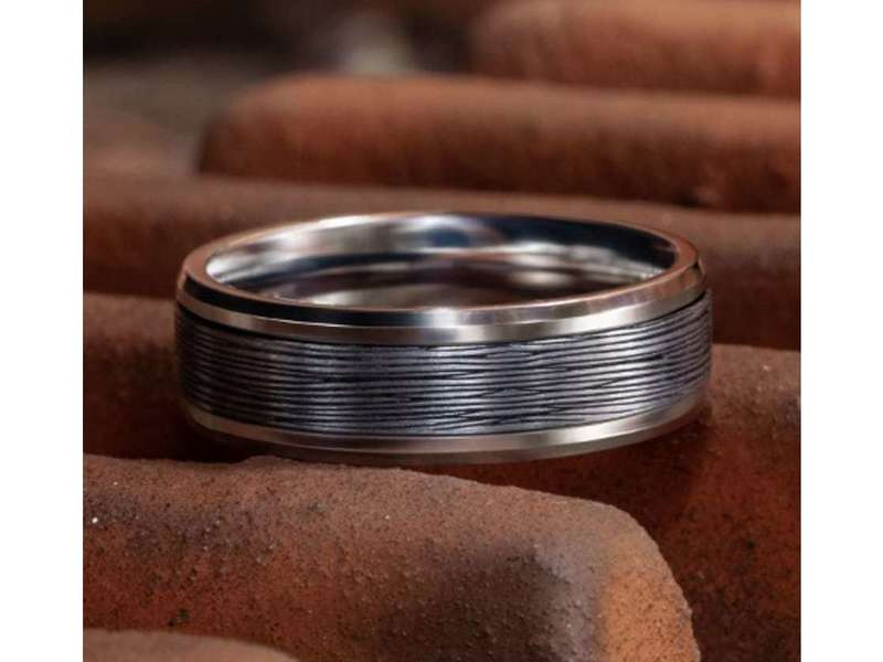 Cropped product page ammara stone mini bark wedding band