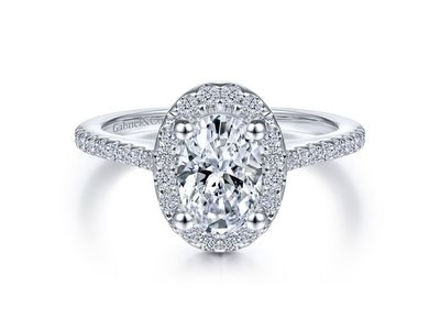 Cropped product listing carly oval halo engagement ring