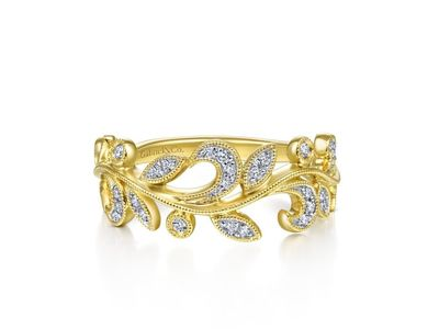 Cropped product listing diamond leaf ring