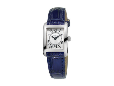 Cropped product listing classics carree watch