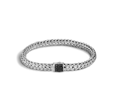 Cropped product listing classic chain bracelet with black sapphire