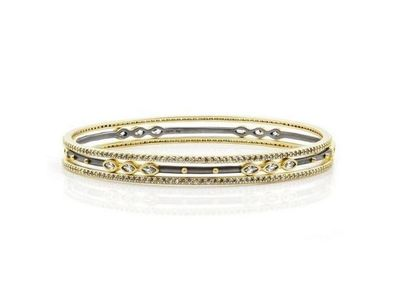 Cropped product listing signature 3 stack bangle