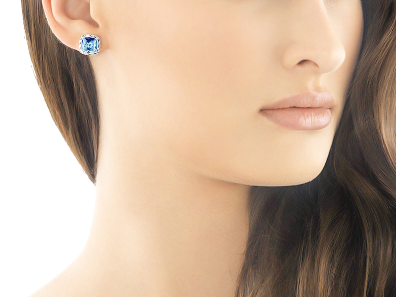 Cropped product page classic chain stud earrings